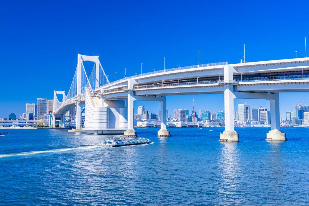 快晴の東京湾