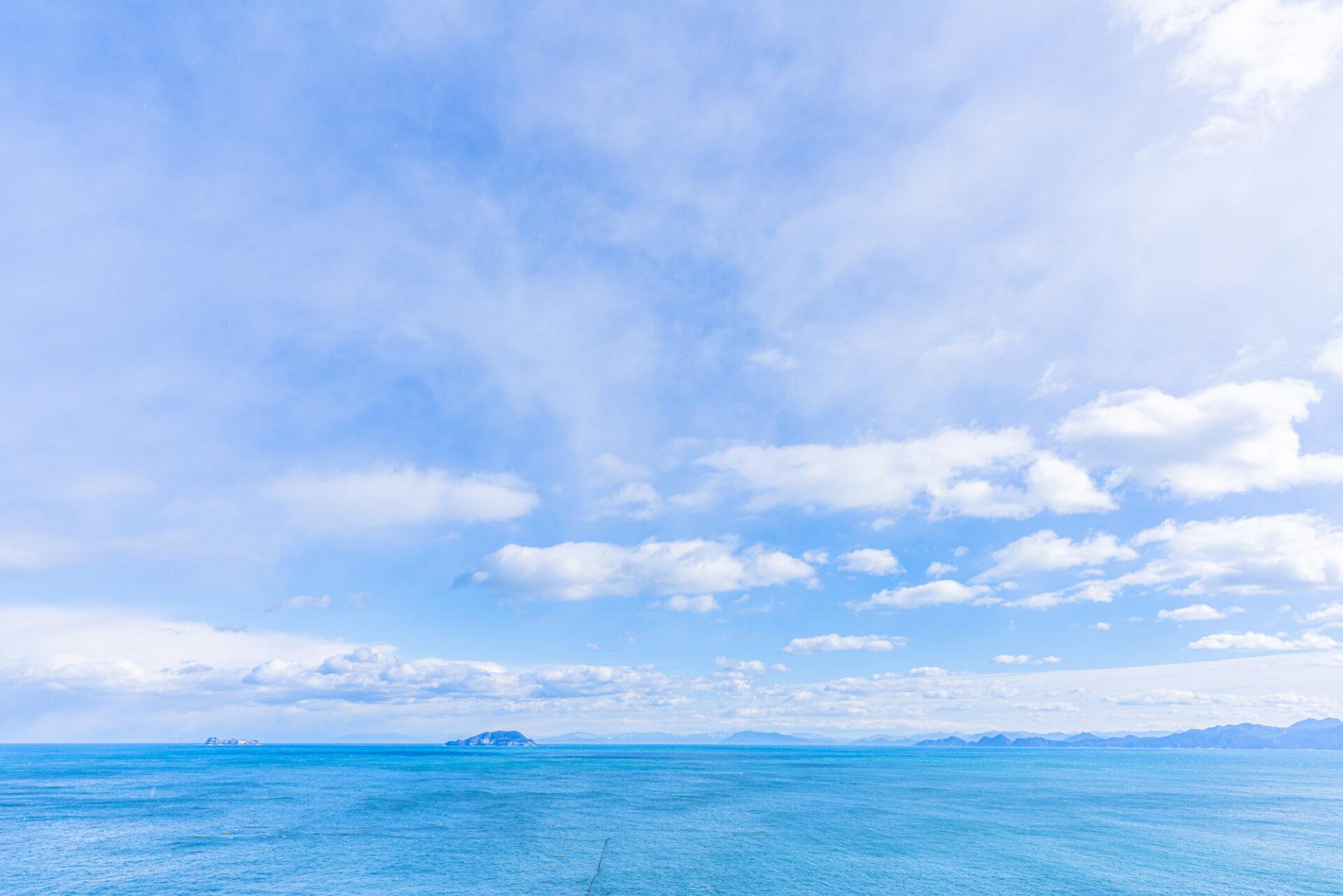 空と海が広がる