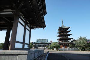 五重塔とお寺