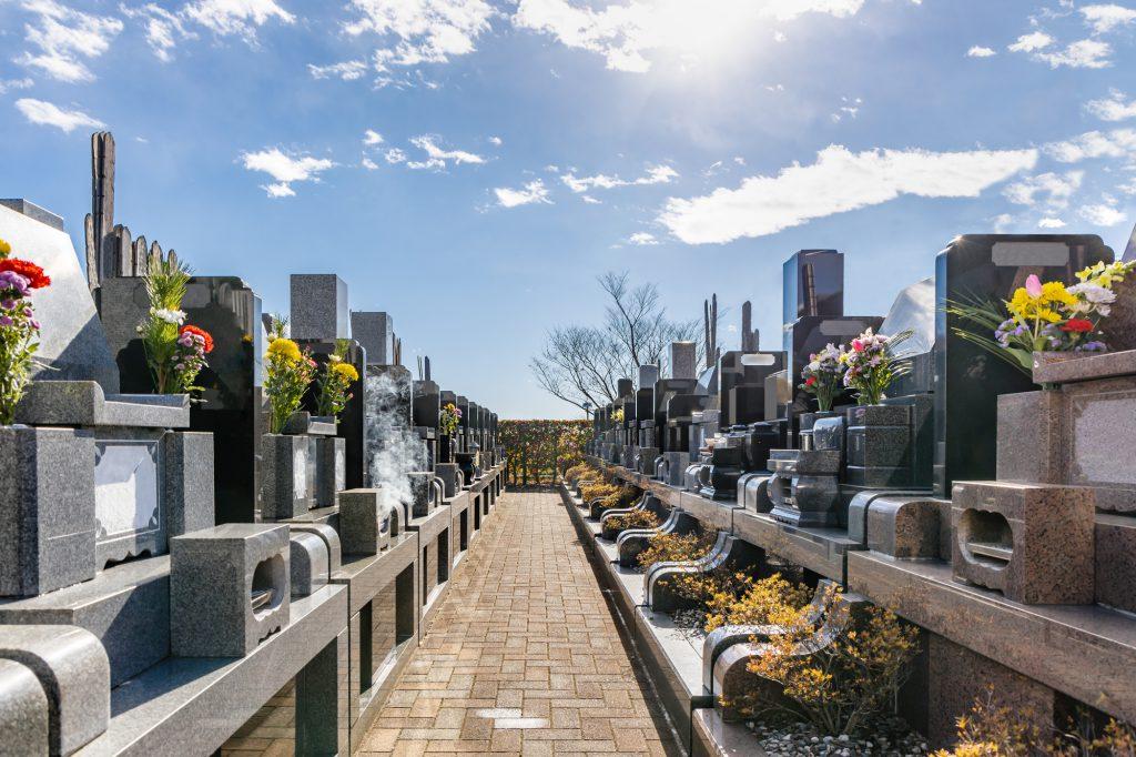 お墓の通り道
