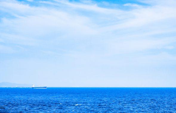 広大な海と海洋散骨